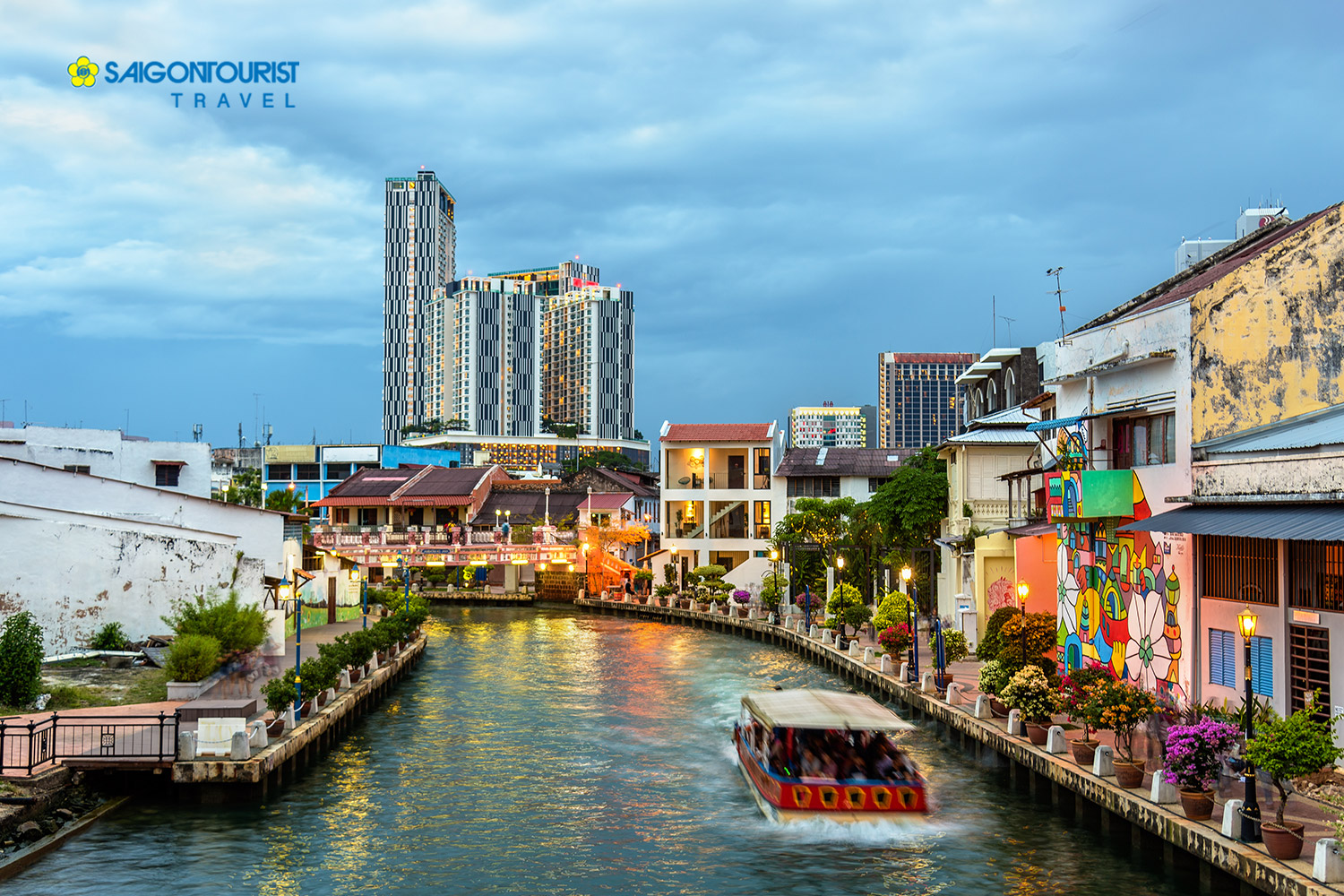 Du Lịch Singapore - Malaysia - Mùng 4 Tết Nguyên Đán 2020 [Garden By the Bay - Flower Dome - Madame Tussauds - Vườn Chim Jurong - Wings Of Time - Genting]